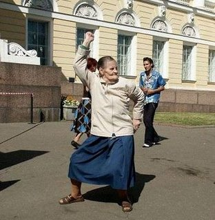 Dancing-Old-Woman1