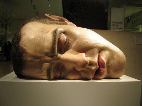 ron_mueck_head-sculpture-hyper-realistic-mask-ii