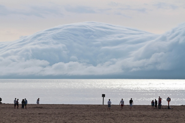 tsunami cloud michigan