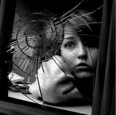 Broken_Mirror_RETOO